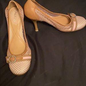 Used Aldo pink and tan mesh heels